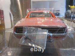 1/18 39505 Ertl Authentics 1969 Dodge Charger Dukes Of Hazzard General Lee New