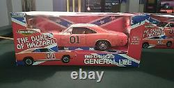 1/18 AmericanMuscle Dukes of Hazzard General Lee Dodge Charger Dirty Edition