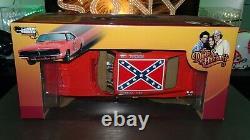 1/18 DUKES OF HAZZARD GENERAL LEE 1969 DODGE CHARGER AUTOWORLD NEW Vintage Retro