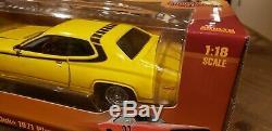 1971 Plymouth Satellite Dukes of Hazzard Daisy Duke car 118 Auto World 105