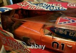 2 General Lee Dukes of Hazzard 69 Dodge Charger American Muscle 1/18, 1/64