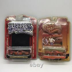 2 Johnny Lightning Dukes of Hazzard Dirty General Lee Internet Exclusive Limited