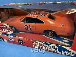 + American Muscle 118 Diecast The Dukes Of Hazzard 1969 Charger General Lee