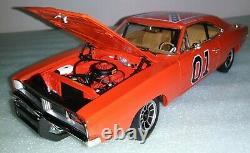 Auto World 1/18 Dukes of Hazzard General Lee Charger