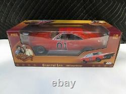 Auto World 1969 Dodge Charger General Lee Dukes of Hazzard 118 Scale Diecast