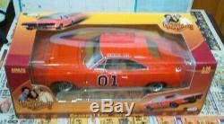 Auto World AMM964 Dukes of Hazzard General Lee'69 Dodge Charger 118 Diecast