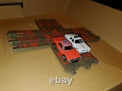 Auto World Dukes Of Hazzard Curvehuggers Electric Slot Car Set Complete HTF RARE