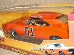 Auto World Dukes of Hazzard 1969 Dodge Charger General Lee 118 Silver Screen