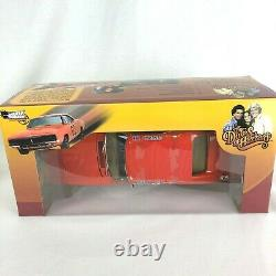 Auto World Silver Screen 1969 Dodge Charger Dukes Of Hazzard General Lee Amm964