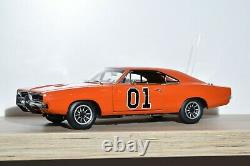 Autoworld American Muscle 118 Dodge Charger Dukes of Hazzard 1969 AMM964