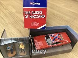 Corgi Dukes of Hazzard Dodge Charger General Lee & Figures Picture Box CC05301