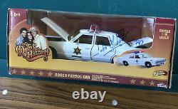 DUKES OF HAZZARD 1/18 SCALE DIECAST ROSCO POLICE CAR Signed By John Schneider
