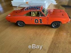 Danbury Mint 1969 Dodge Charger, Dukes of Hazzard General Lee 124