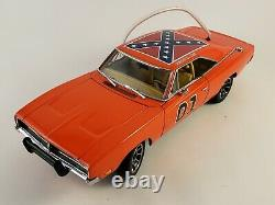 Danbury Mint 1969 Dodge Charger R/T General Lee 01 with Paperwork 124