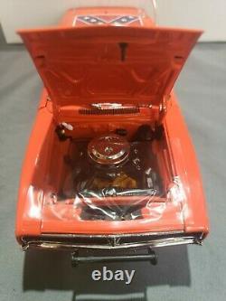 Danbury Mint 1969 Dodge Charger R/T General Lee Dukes Of Hazzard 124 Diecast