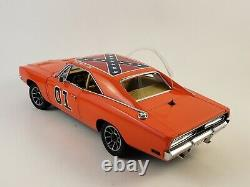 Danbury Mint 1969 Dodge Charger R/T THE GENERAL LEE 01 with Paperwork 124