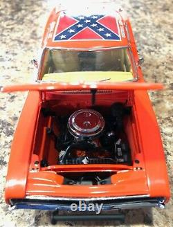 Danbury Mint General Lee Dukes of Hazzard 1969 Charger Diecast Car Box & Papers