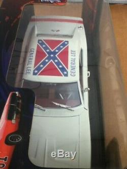 Dukes Of Hazzard General Lee 1/18 White Lightning 1969 Dodge Charger Diecast Car