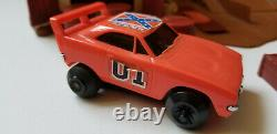 Dukes of Hazard Barnbusters 1981 Playset General Lee Stunt Charger Complete