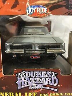 Dukes of Hazzard General Lee 1969 69 Dodge Charger 1/18 CHROME CHASE Mopar Flag