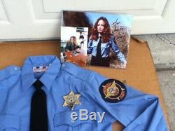 Dukes of Hazzard General Lee Deputy Daisy Duke Shirt Badge Pics withAUTOGRAPHS
