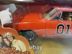 ERTL Authentics Dukes of Hazzard GENERAL LEE 1969 Dodge Charger 1/18 model car