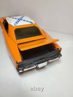 ERTL DUKES OF HAZZARD DODGE CHARGER WARNER BROS 1981 CAR 116 Scale Vintage