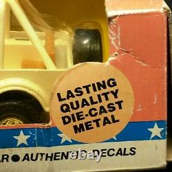 ERTL Dukes of Hazzard Daisy's Jeep Die-cast 1/25 Scale 1981 Factory Sealed