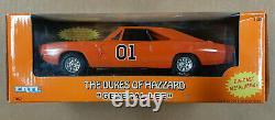 ERTL Dukes of Hazzard General Lee diecast car 125 scale 1998 #7967, new in box