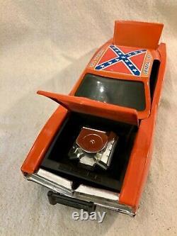 ERTL The Dukes of Hazzard'General Lee' car and jumping ramp in original box