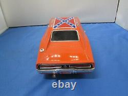 Ertl 1/18 General Lee 1969 Dodge Charger Warner Brothers 1981 Dukes of Hazard