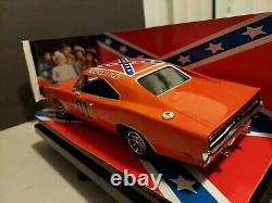Ertl American Muscle 118 Dukes of Hazzard 1969 Dodge Charger General Lee