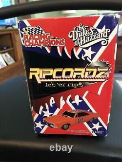 Ertl Racing Champions Ripcordz Dukes of Hazzard General Lee 2001 New