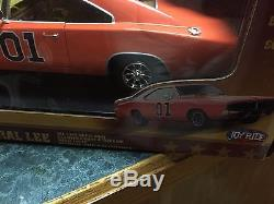 General Lee 118 die cast Joy Ride RC2 Dukes Of Hazzard with 3X5 flag