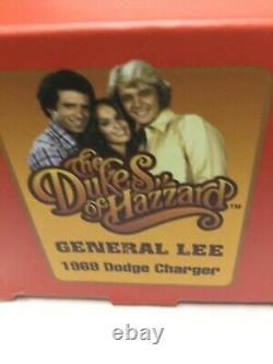 General Lee car 143 scale acrylic case Bo Daisy Luke Figures Dukes of Hazzard