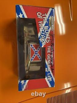 Gold George Barris Dukes Of Hazzard General Lee 1/18 Scale