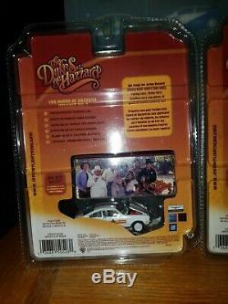 Johnny Lightning Dukes of Hazzard R4 1971 Chevy Vega regular & white lightning