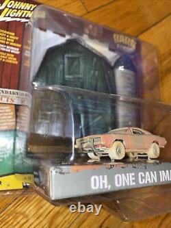 Johnny Lightning General Lee Dukes Barn Finds 1969 1/64 Scale Chase White Light