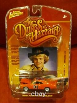 Johnny Lightning Series 3 #2 Dukes of Hazzard 69 Dodge Charger GENERAL LEE 1/64