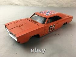 LOT of ERTL Dukes of Hazzard General Lee Dodge Charger 125 Scale Diecast 1981