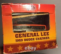 Malibu International 118 Scale Dukes of Hazzard General Lee 1969 Dodge Charger