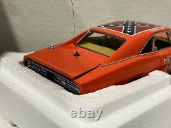 NEW! Danbury Mint 1969 Dodge R/T Charger The General Lee 124