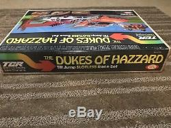 RARE! NIB VINTAGE UNOPENED 1981 DUKES of HAZZARD TILT JUMP SLOTLESS RACE TRACK