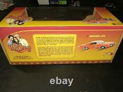 Rare 1/18 general Lee Dodge charger 69 Dukes of Hazzard White tire