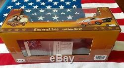 Signed Autoworld Amm964 118 1969 Dodge Charger Dukes Of Hazzard General Lee