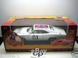 THE DUKES OF HAZZARD 1969 DODGE CHARGER GENERAL LEE JOHNNY LIGHTNING 118 WHITE