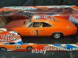 The Dukes Of Hazzard General Lee 1/18 Charger American Muscle RACE DAY VERSION