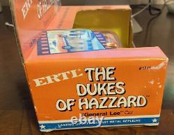 The Dukes Of Hazzard General Lee Die Cast Metal Ertl 1/25 Scale Read