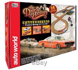 The Dukes of Hazzard Curvehuggers / Slot Car Race Set By Autoworld