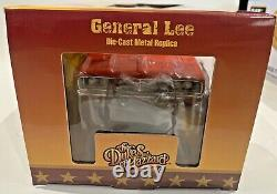 The Dukes of Hazzard General Lee 118 Diecast 1969 Dodge Charge Silver Screen